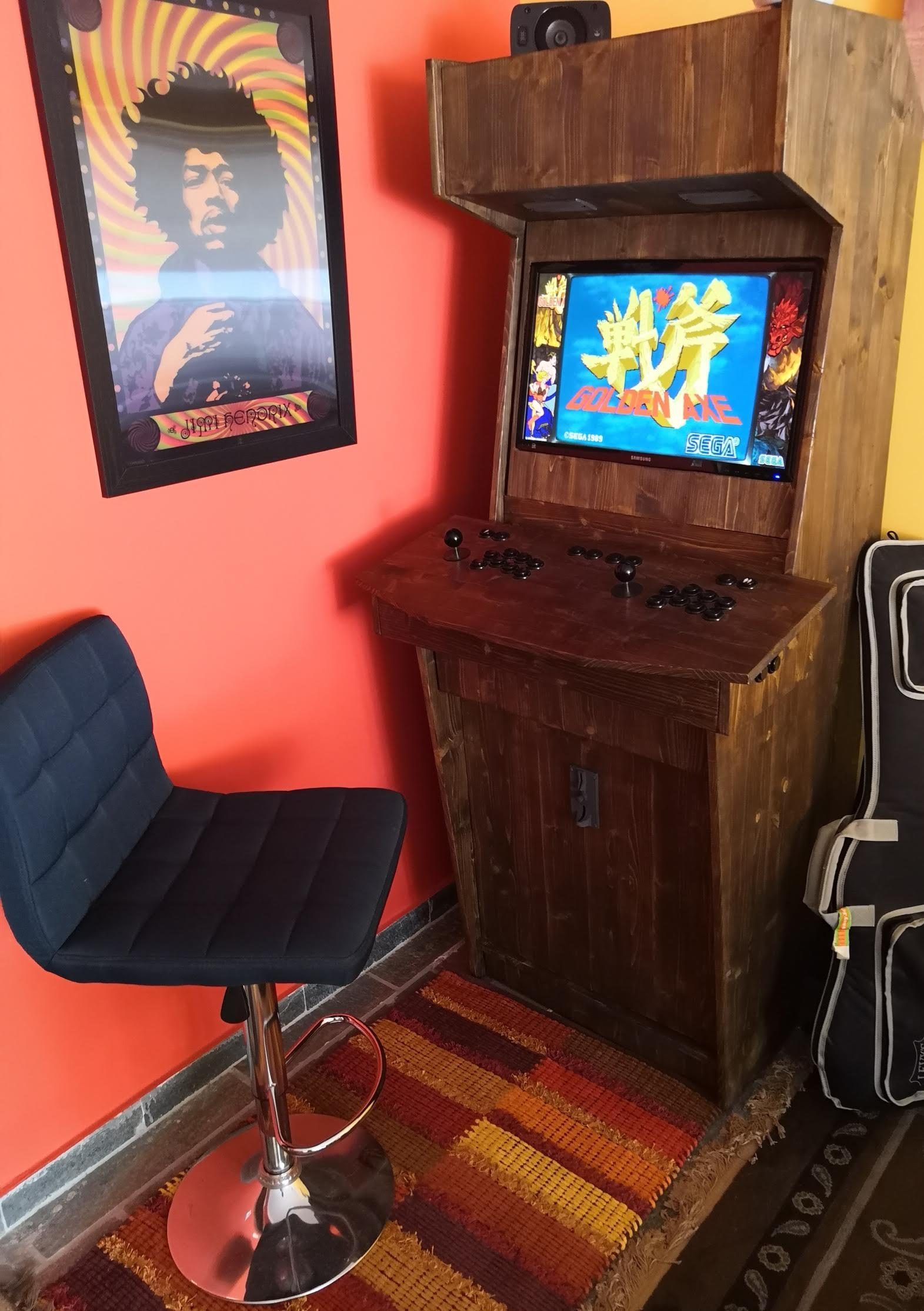 Arcade Dreams black coin mech 2.jpg